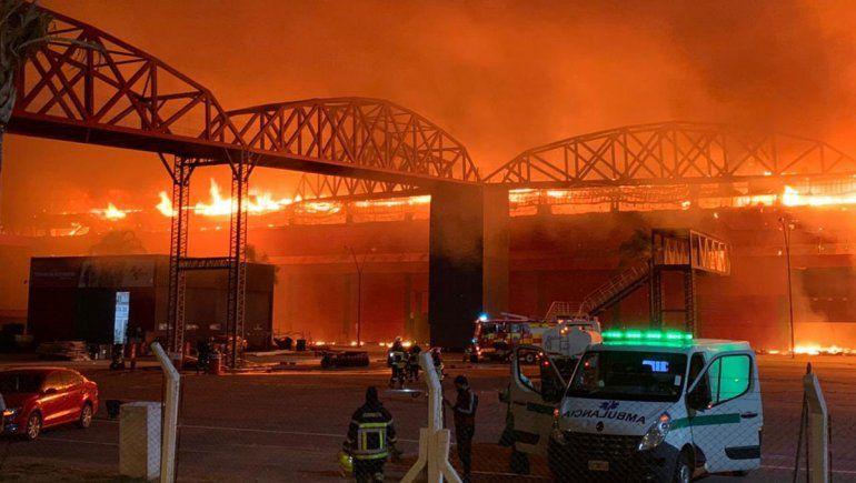 El parte del autódromo de Termas de Río Hondo fue consumido por un incendio