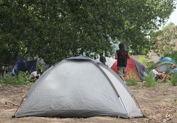 Los ocupantes exigen regularizar sus tierras y reclaman el retiro de la Policía
