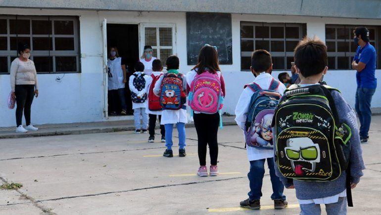 Con estricto protocolo, Río Negro mantiene la presencialidad en las escuelas