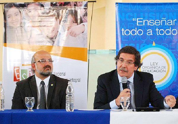 El Consejo Federal de Educación sesiona en Bariloche, con presencia de Sileoni