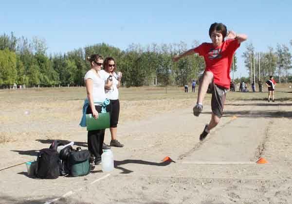 Tres atletas locales van a los Epade