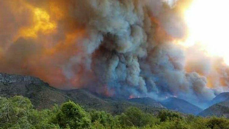 Sin respiro: el nuevo incendio en El Bolsón ya consumió 1.400 hectáreas