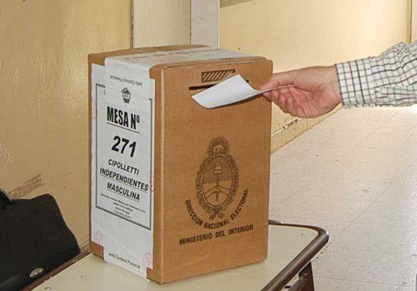 En el 2015 todos los rionegrinos votarían en la escuela más cercana a su domicilio