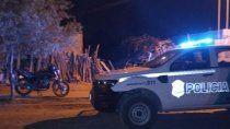 La policía en el predio de Cardozo donde el delincuente le robó.