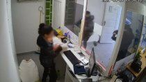 un detenido por el robo a la mujer que amamantaba a su beba