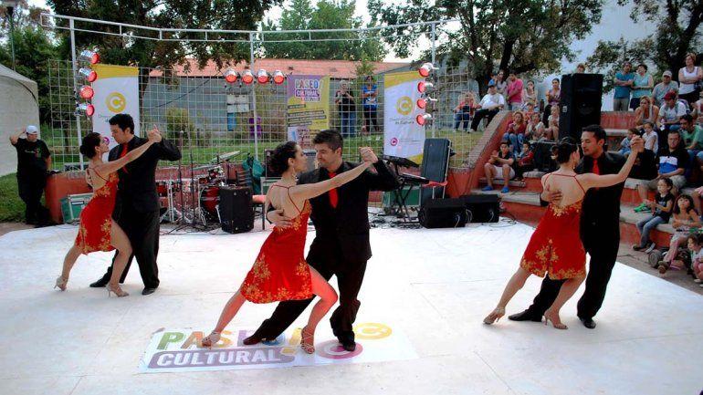 Los espectáculos de danza brillaron en la tarde del domingo.