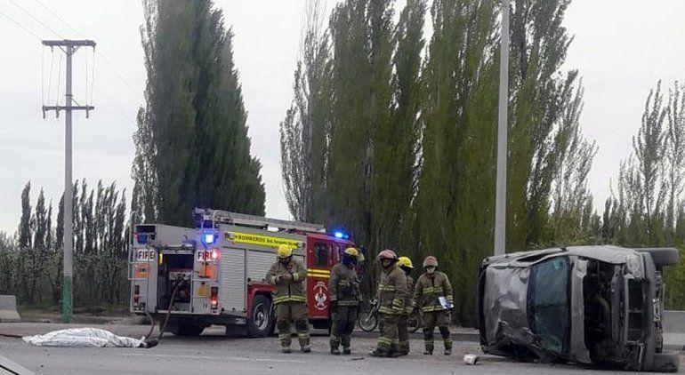 Un muerto y dos heridos en brutal accidente sobre Ruta 22
