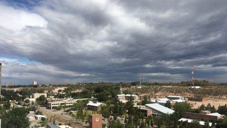 Viernes nublado en el Alto Valle: ¿se aproximan lluvias?