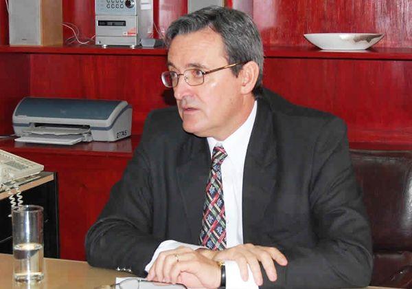 Mendioroz insiste en mejor distribución de los planes REPRO