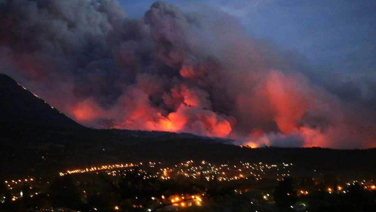 Nación envió refuerzos para combatir los incendios en Río Negro y Chubut