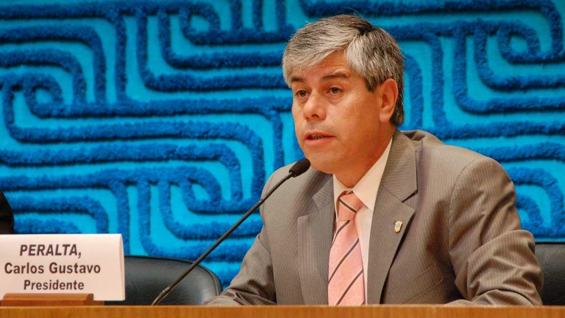 """Peralta: """"Es autonomía y decisión de cada bloque legislativo la designación de sus colaboradores"""""""