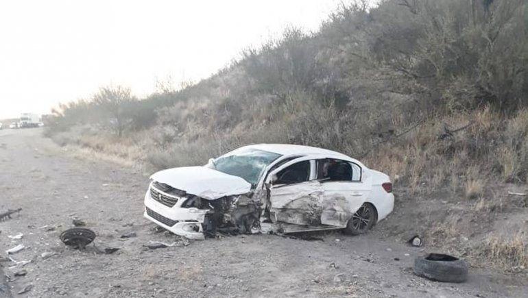 Una familia de Regina sufrió un brutal choque sobre la Ruta 22