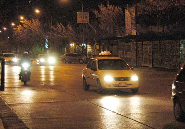 Llamada nocturna de un usuario de taxis