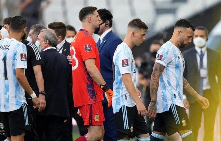 ¿Qué dice el reglamento FIFA sobre la suspensión? - Foto OLE