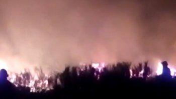 el dramatico relato de un vecino que apago un incendio en el arroyon