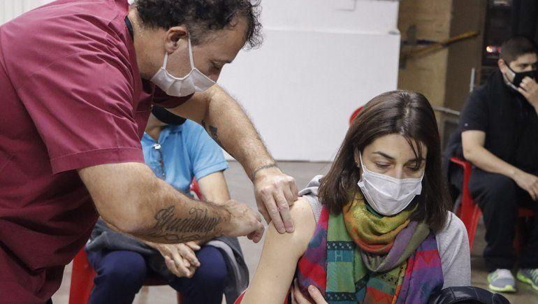 El lunes comienza la combinación de vacunas en Río Negro
