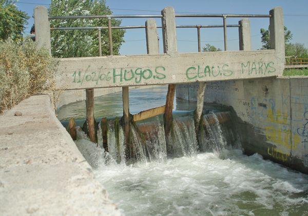 No limpiarán más canales de riego