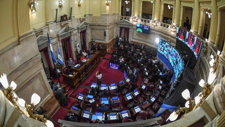 El Senado convirtió en Ley las reformas de Ganancias y Monotributo
