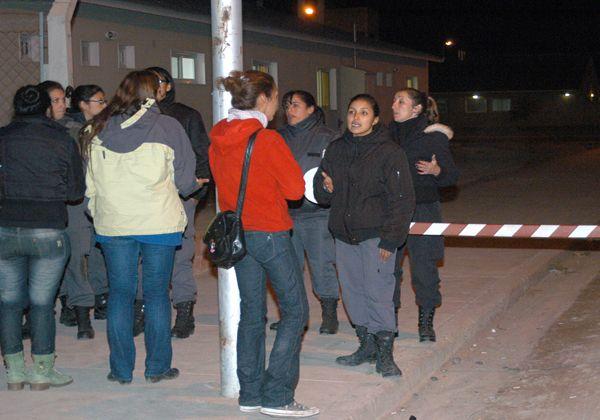 Reclusos heridos denunciaron violenta represión durante un motín en la cárcel