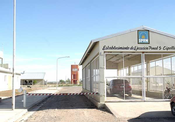 Trasladan internos del Penal de Bariloche al de Cipolletti