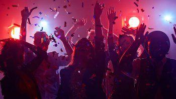 roca: desarticularon una fiesta con mas de 150 personas