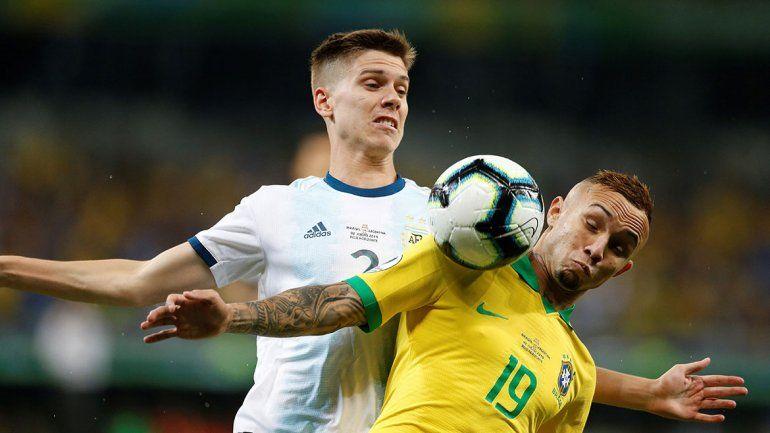 Brasil venció a la Argentina y la eliminó en semis de la Copa América