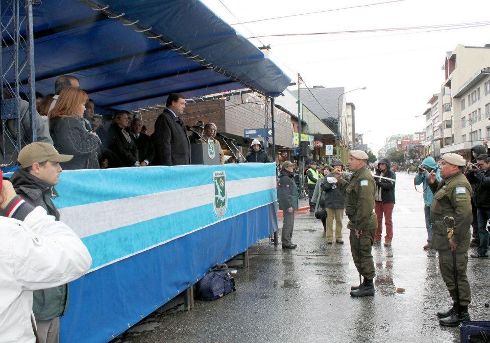 Weretilneck presidió los actos por el aniversario de Bariloche