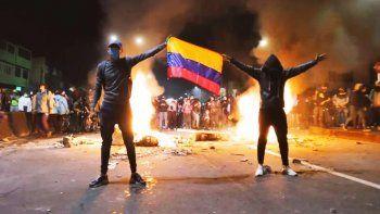 se suspendio el partido de river por los conflictos en colombia