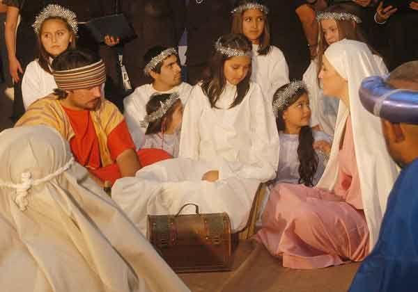Con representaciones de segmentos bíblicos, celebraron la Nochebuena