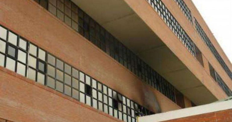 El incendio en el edificio de los Tribunales en Viedma ocurrió el pasado 26 de julio.