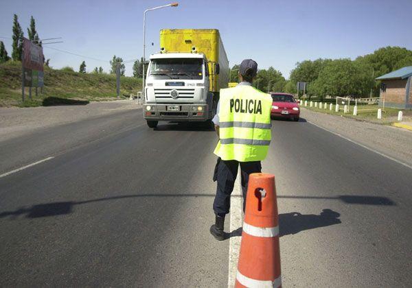 Realizarán controles vehiculares en rutas provinciales por el feriado
