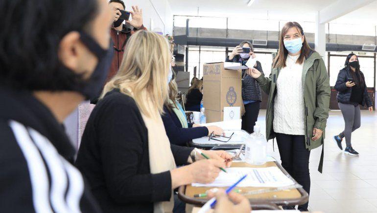 Ibero votó y destacó el protocolo sanitario contra el Covid-19