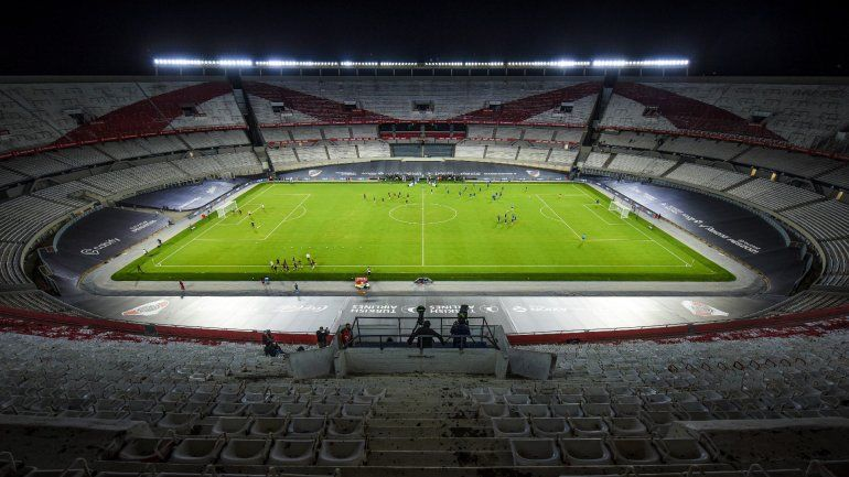 El drama de River: ¿Quiénes podrán asistir al superclásico?