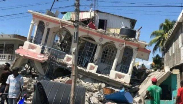 Haití tiene 724 muertos y 3000 heridos por un terremoto