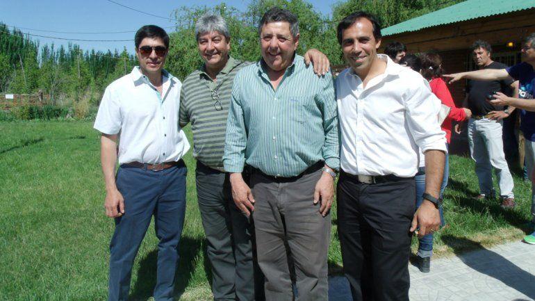 El senador Alfredo De Angeli visitó Ingeniero Huergo y Villa Regina.