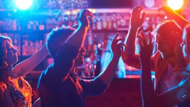La duda del nuevo permiso: ¿Se habilita el baile en las fiestas?