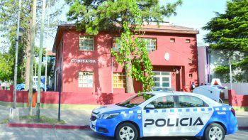 En la Comisaría Segunda se radicó la denuncia por el robo del dinero.