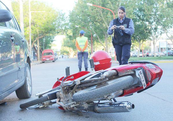 Un motociclista herido tras accidente