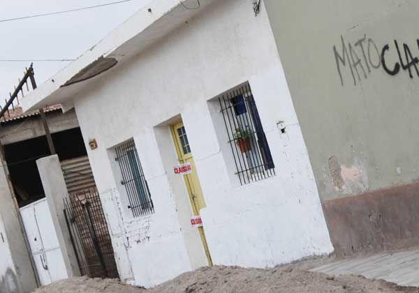 Allanaron una casa de masajes en el barrio San Pablo por supuesta trata de personas