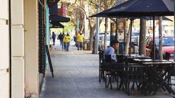 di tella descarto ampliar el horario de bares y restaurantes en cipolletti