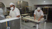 panaderos denuncian aprietes por tener precios muy bajos