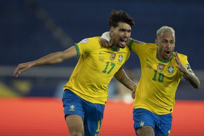 Brasil y Perú ya están en semi; Vidal estalló tras la eliminación chilena