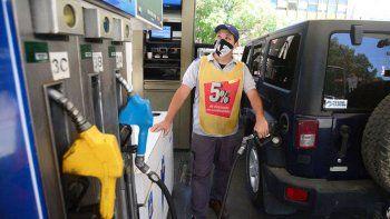 ypf anuncio un nuevo aumento en sus combustibles en mayo
