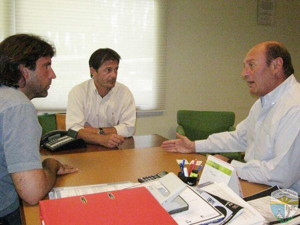 Bracalente se reunió con referentes de la empresa frutícola Salentein