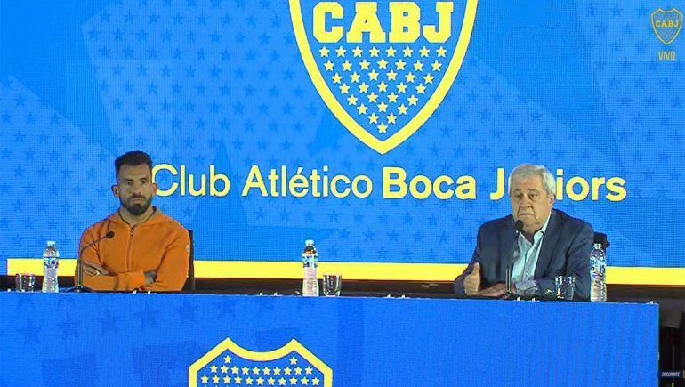 Con un nudo en la garganta, Tevez anunció que no sigue en Boca