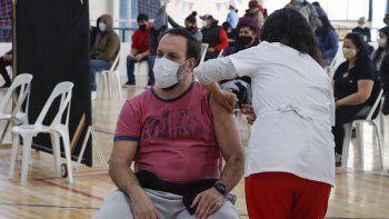 ya se aplicaron 100 mil vacunas contra el covid en cipolletti
