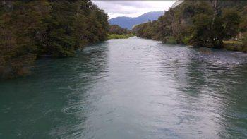 bariloche: murio ahogado en el rio al rescatar a su nieto