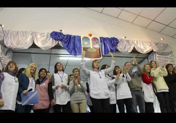 Con emoción, la Escuela 313 festejó sus Bodas de Plata