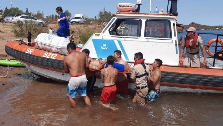 Tras sufrir convulsiones, un rionegrino tuvo que ser rescatado de la Isla Uno de El Chocón