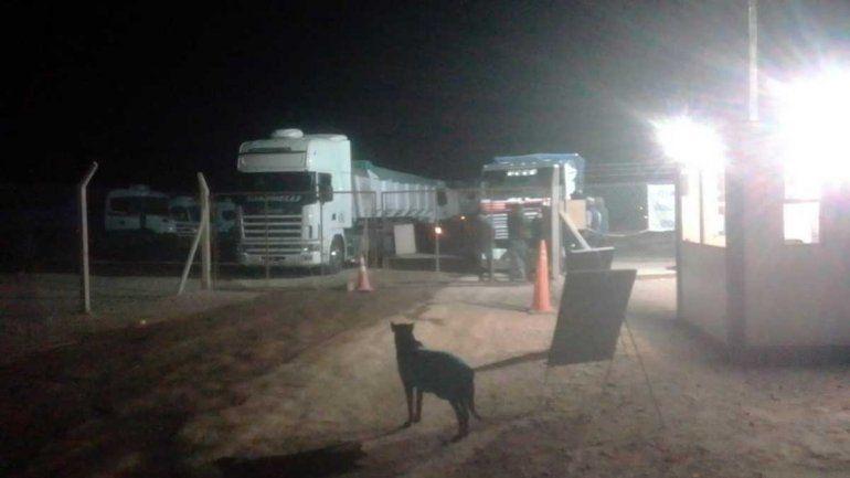 Allen: camioneros levantaron la protesta en la empresa NRG